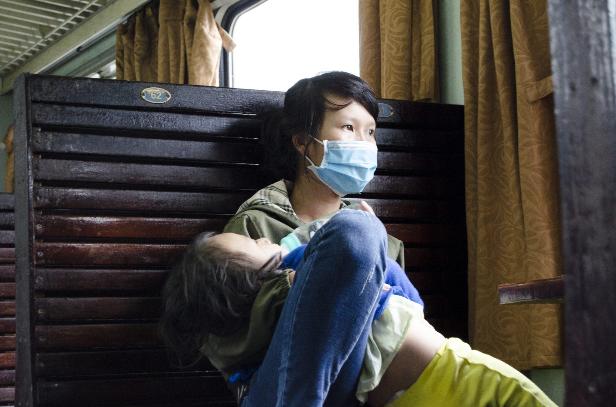 vietnam vlak doprava cestovanie