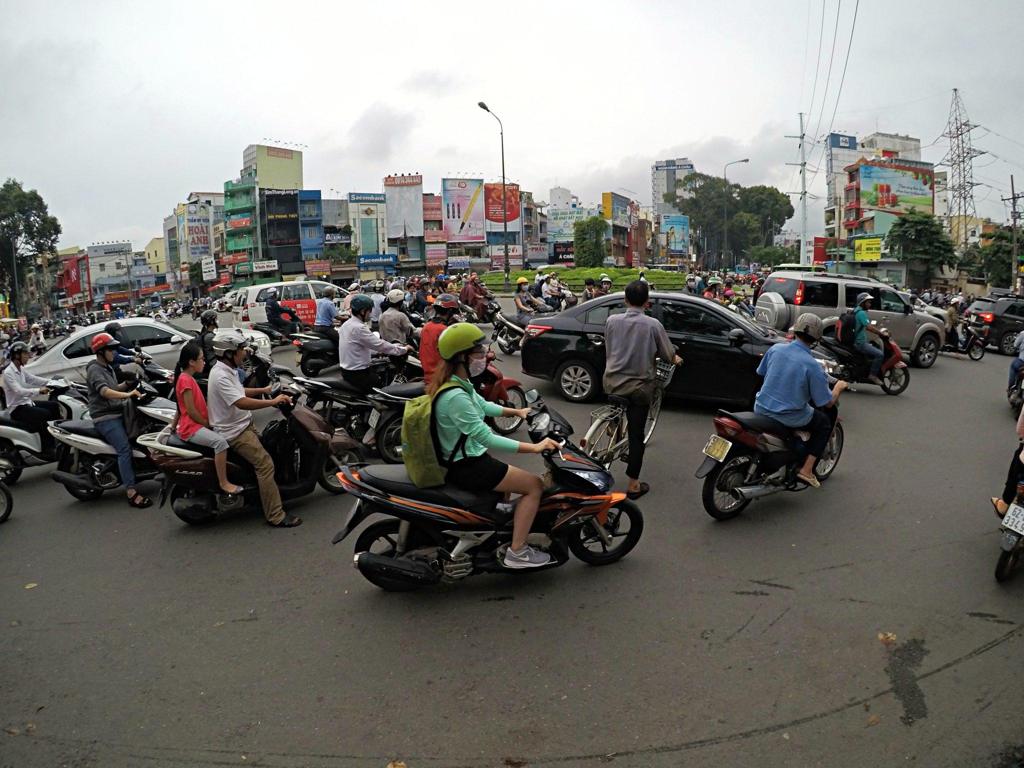 vietnam doprava cestovanie premavka motorka